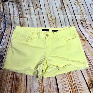 Jessica Simpson Forever Low Rise shorts yellow 30